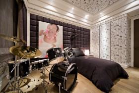 110平米三室一厅男生卧室衣柜移门效果图