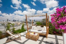 露天阳台花园设计图片