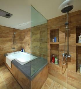 农村卫生间玻璃隔断浴缸效果图