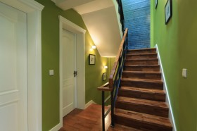 现代别墅楼梯设计图片