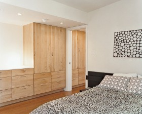 复式卧室衣柜装修效果图