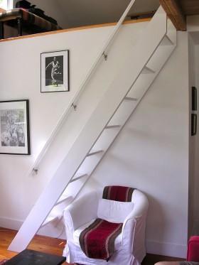 现代风格阁楼楼梯设计效果图