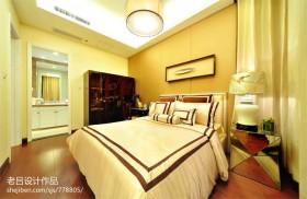 现代风格主卧室带卫生间设计效果图