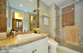 现代小卫生间淋浴房效果图欣赏