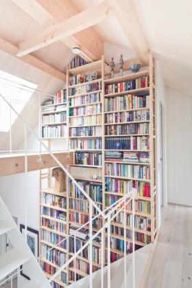 北欧复式楼梯设计