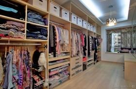 现代风格时尚衣帽间衣柜装饰效果图