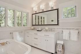 最新卫生间浴室柜图片