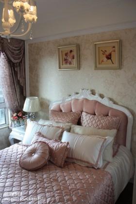 欧式风格床头软包欧式家居装潢卧室设计效果图
