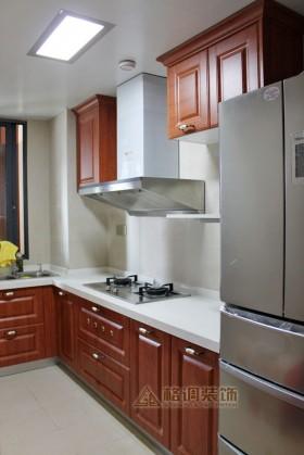 中式厨房实木橱柜效果图片