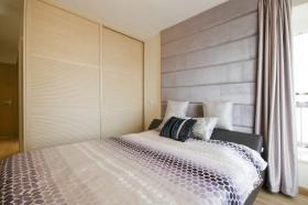 四居卧室床头软包装修效果图