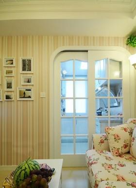 客厅隔断推拉门装修效果图