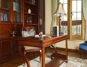 美式书房书桌装修效果图