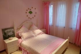 现代中式风格卧室窗帘效果图欣赏