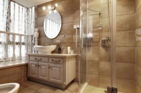 家庭卫生间飘窗装修效果图片