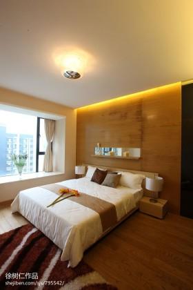 现代简约风格主卧室飘窗设计效果图