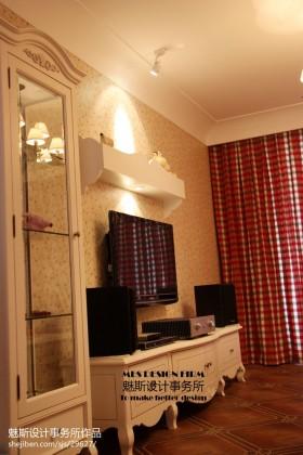 电视背景墙窗帘欧式客厅电视背景墙壁纸效果图