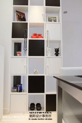 现代风格家居储物柜装修效果图