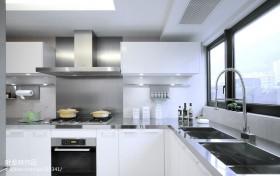 现代厨房不锈钢装修效果图