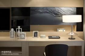 现代家装修卧室收梳台图片