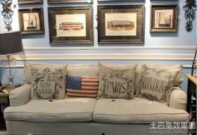 美式布艺沙发照片墙图片