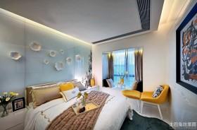 2013最新现代卧室飘窗窗帘装修效果图