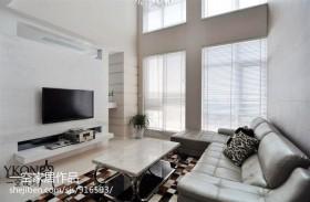 现代复式客厅电视机背景墙效果图