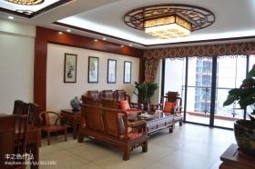 两室一厅中式客厅吊顶装修效果图
