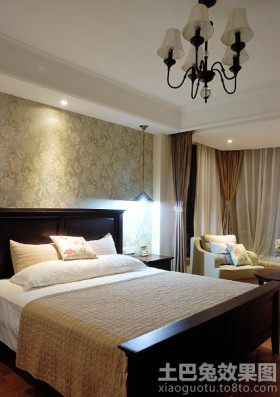 简易卧室双人床图片