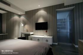 现代风格卧室电视柜背景墙图片
