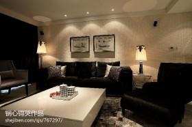 现代风格客厅沙发摆设