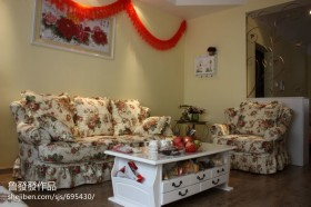 田园风格客厅沙发装修图片