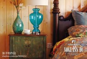2013卧室实木床头柜效果图欣赏