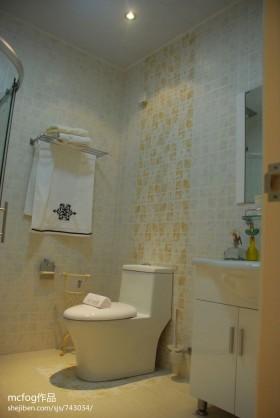 2013田园风格卫生间瓷砖装修效果图