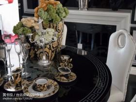 餐桌餐具装饰效果图