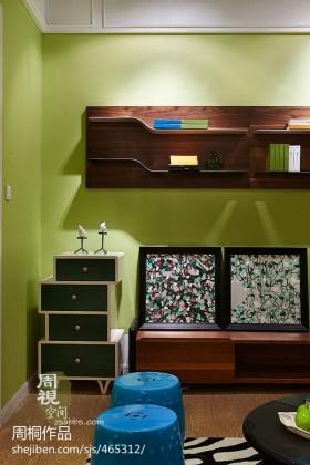 现代风格家庭收纳柜装修效果图