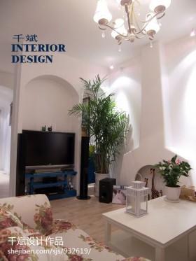 最新地中海风格客厅电视背景墙设计