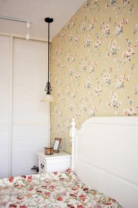 卧室碎花壁纸装修效果图