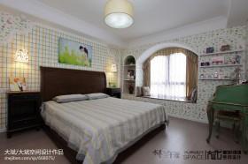 田园风格婚房卧室装修效果图欣赏