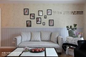 田园客厅沙发背景墙效果图
