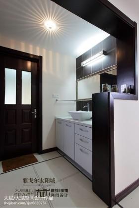 卫生间洗手台隔断设计图片