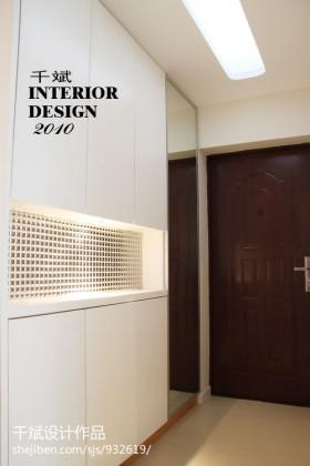现代简约风格进门玄关壁柜装修效果图