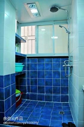 浴室蓝色瓷砖图片