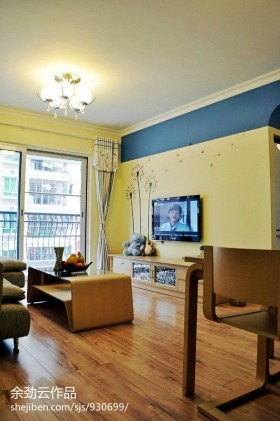 20平米客厅电视背景墙效果图