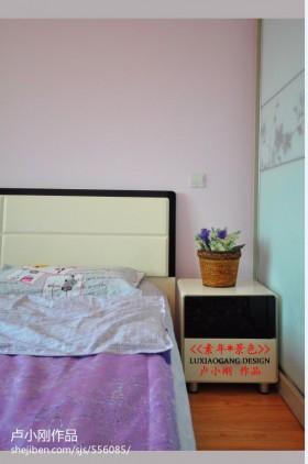 卧室床头柜装饰效果图欣赏