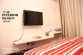 现代简约卧室电视背景墙效果图片
