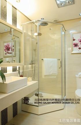 现代风格卫生间淋浴室隔断设计