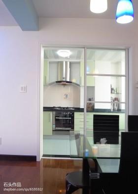 厨房移门隔断装修效果图欣赏