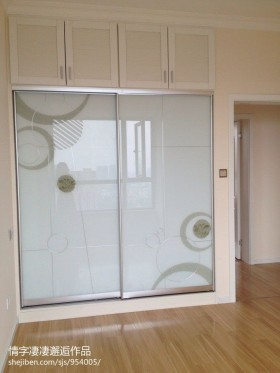 现代风格室内壁柜图片
