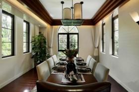 东南亚风格餐厅吊顶灯装修效果图