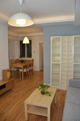 简约小户型客厅吊灯设计效果图